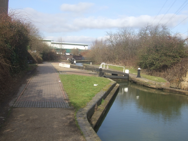 Ryder's Green Locks - Walsall Canal - Bottom Lock
