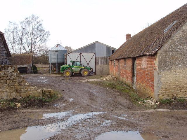 Pond Farm, Holton