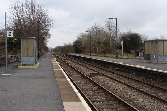 Bynea station