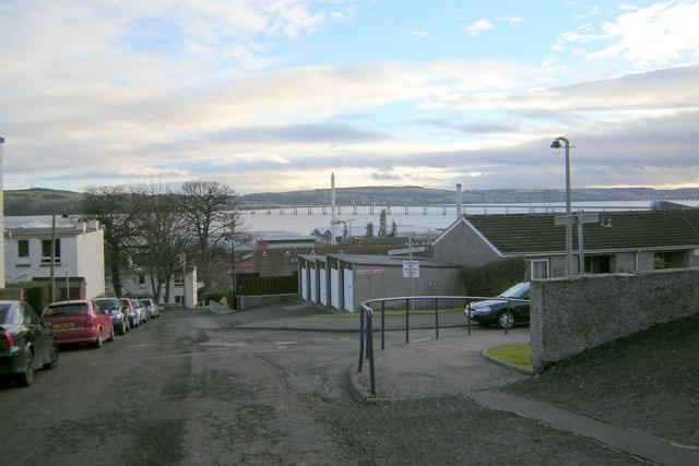 Ellengowan Drive, Dundee near its junction with Thornbank Park
