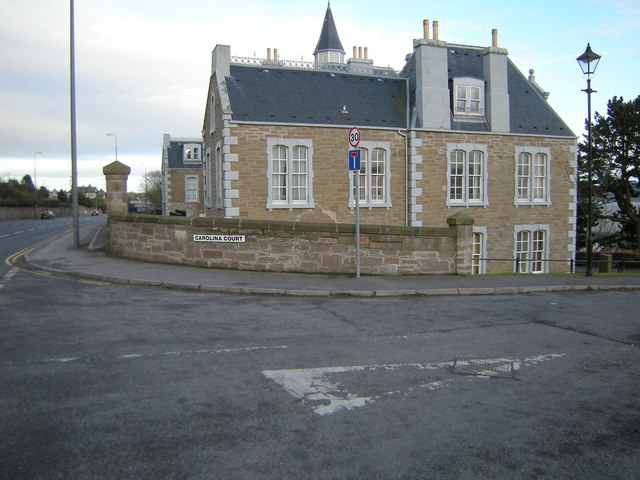 Carolina Court, Dundee at its junction with Broughty Ferry Road