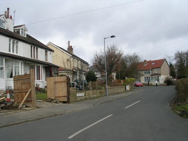 Lynton Grove - Lynton Drive