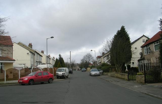Lynton Avenue - Lynton Drive