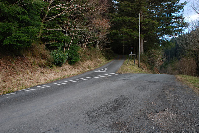 Road junction in Coed Cothion