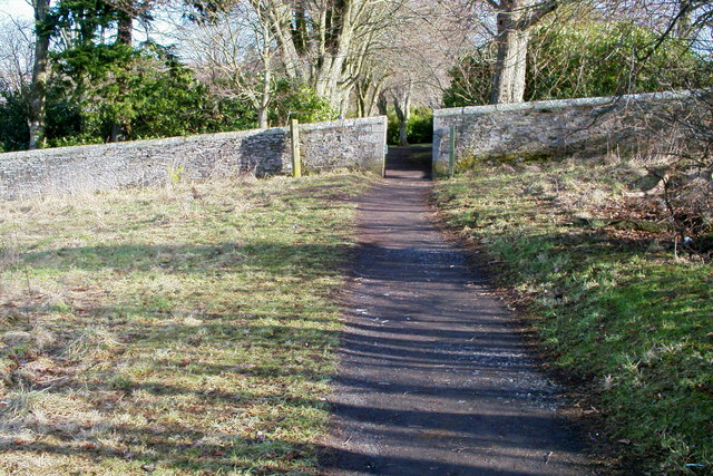 Entrance to Reid Park, Forfar from path leading to Balmashanner