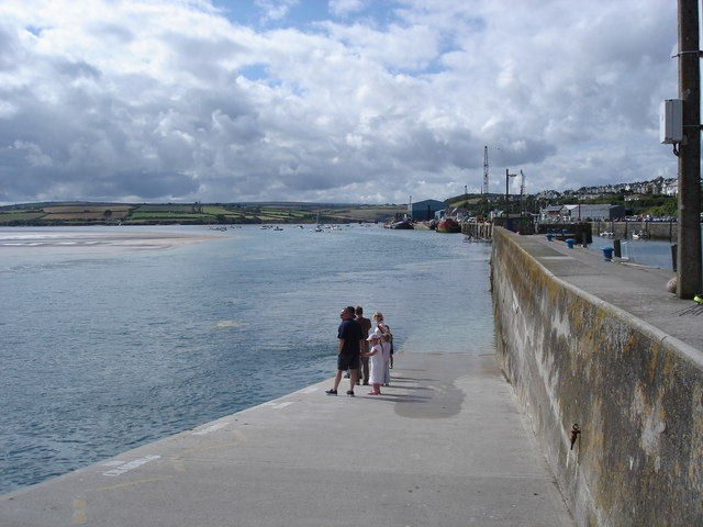 Padstow - waiting for the ferry to Rock