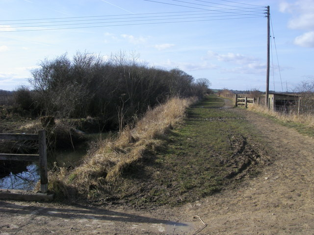 Bridleway by pumping house
