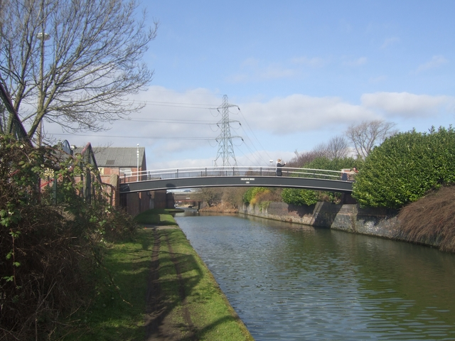 Walsall Canal - Wellington Bridge