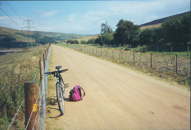 Longdendale cycle trail