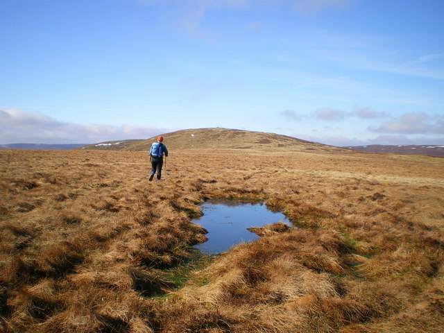 On the ridge towards Post Gwyn
