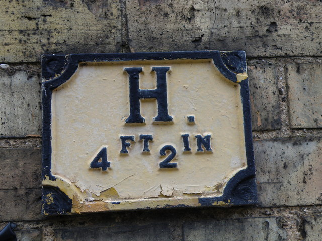 Hydrant Sign, West Street, Oundle