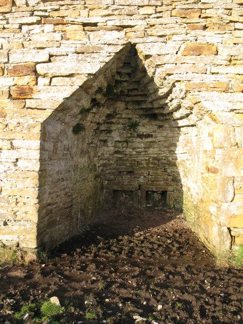 Lime kiln - arch