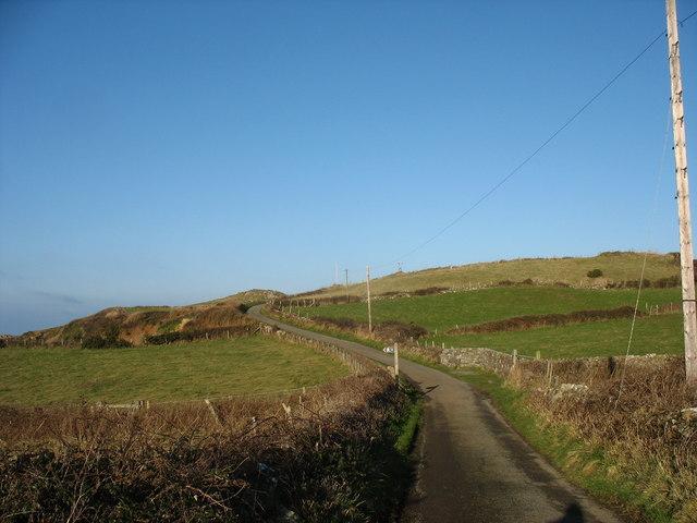 The  road north to Llanbadrig