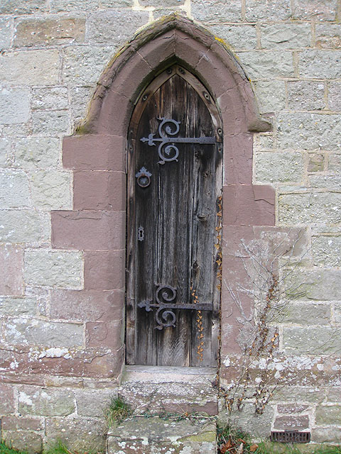 Doorway into the north transept, St. Dingat's
