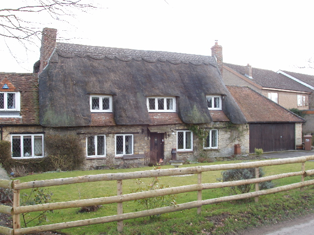 Thatched house in Holton