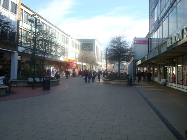 Queensway, Crawley