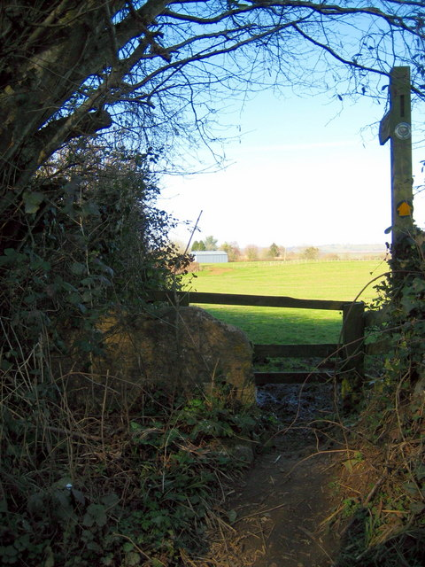 Footpath to Haselbury Plucknett