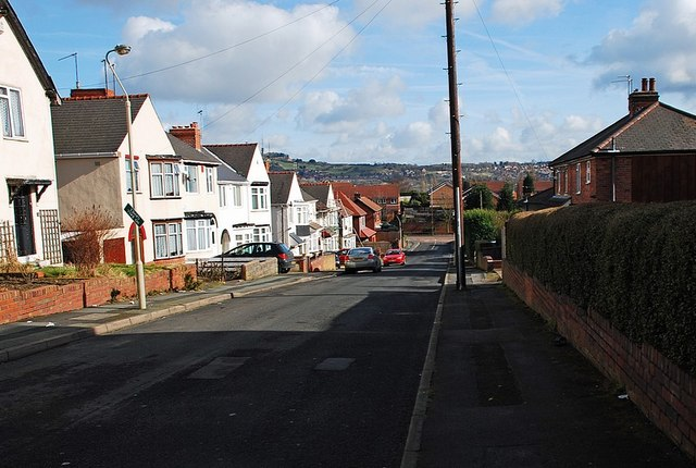 Yew Tree Road, Netherton