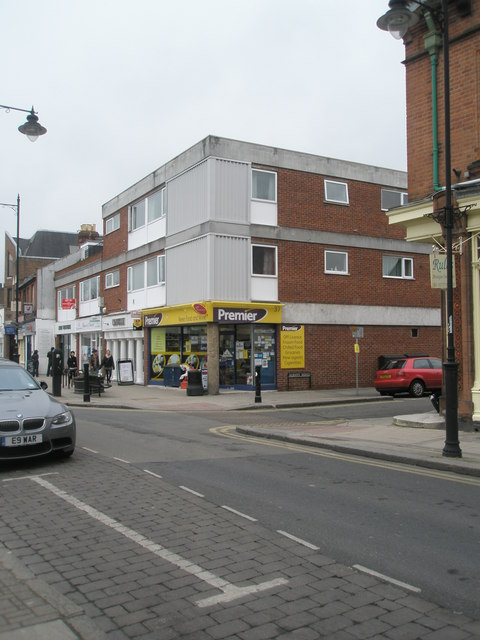 Off-license on the corner of St Leonard's and Albany Road