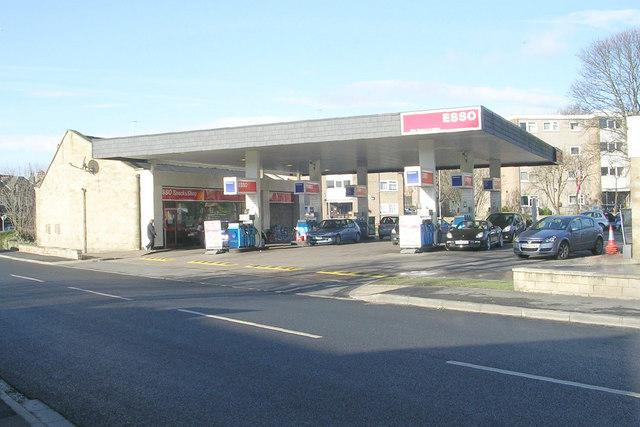 Esso Filling Station - York Road