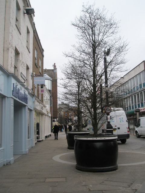 Giant plant containers in Peascod Street