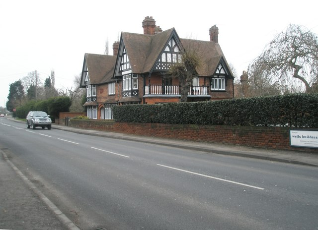Mock tudor house on Straight Road