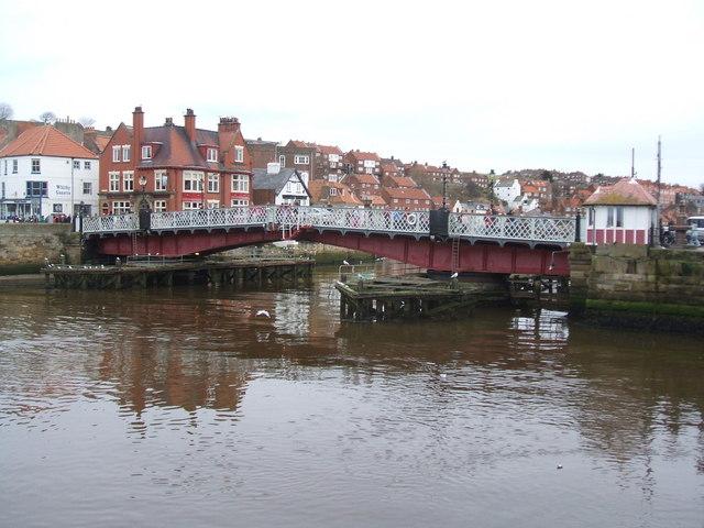 The opening bridge , Whitby