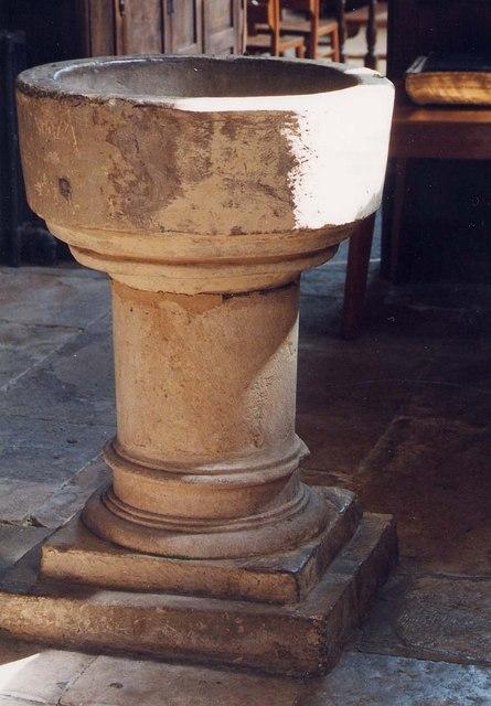St Michael, Shalfleet - Font