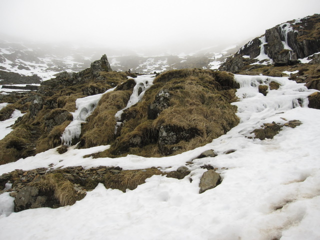Snow and mist on the Pyg track