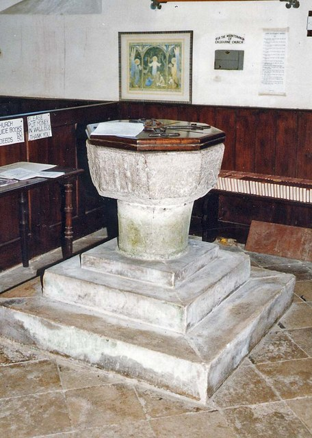 St Mary, Calbourne - Font