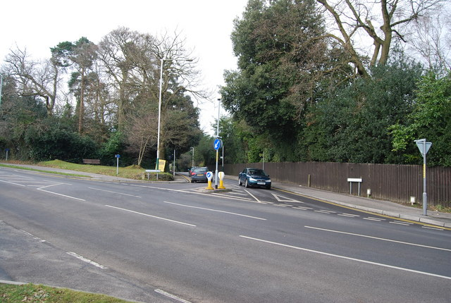 Pembury Rd, Sandrock Rd junction