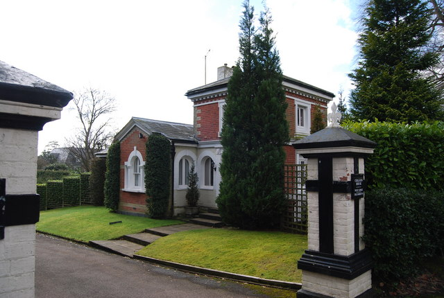 West Lodge, Pembury Rd