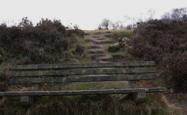 Seat near spotheight on Gibbet Hill