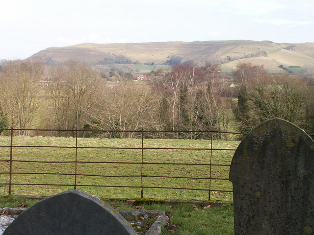 Hambledon Hill from Shillingstone Churchyard