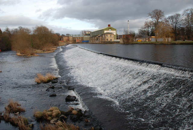 Weir at Otley