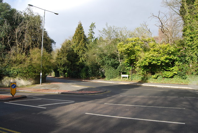 Calverley Park Gardens, Pembury Rd junction