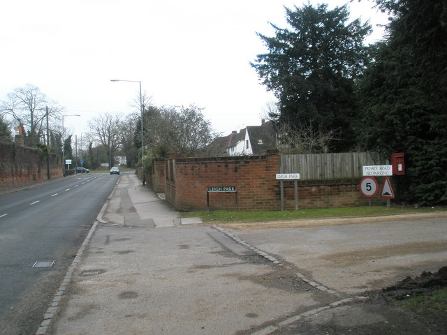 Junction of London Road and Leigh Park