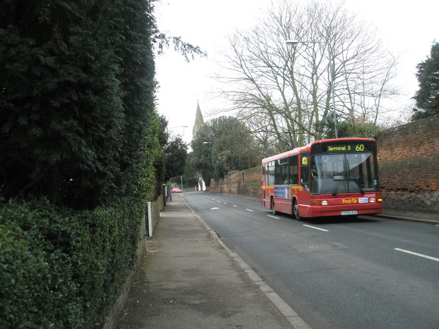 Bus in London Road