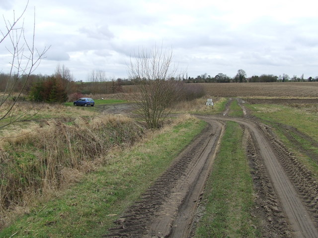 Akenham Hall Fishery Car Park