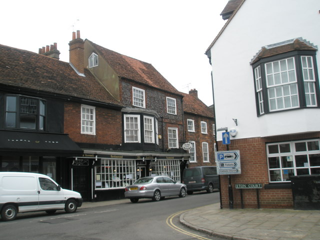 Junction of Eton Court and the High Street