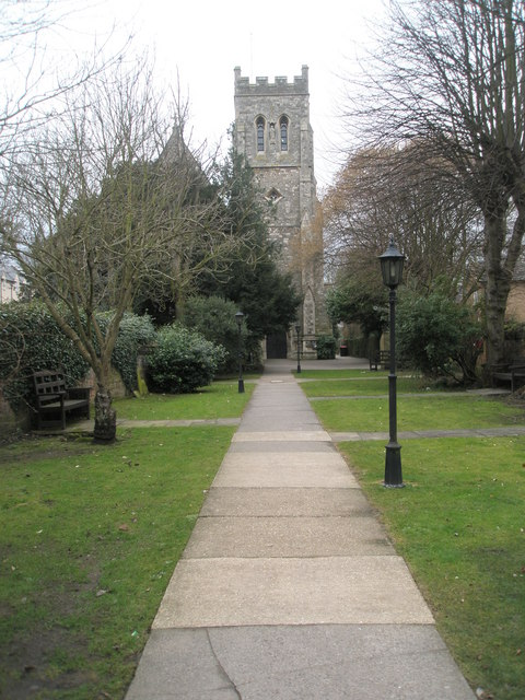 Path from Eton High Street up to St John the Evangelist