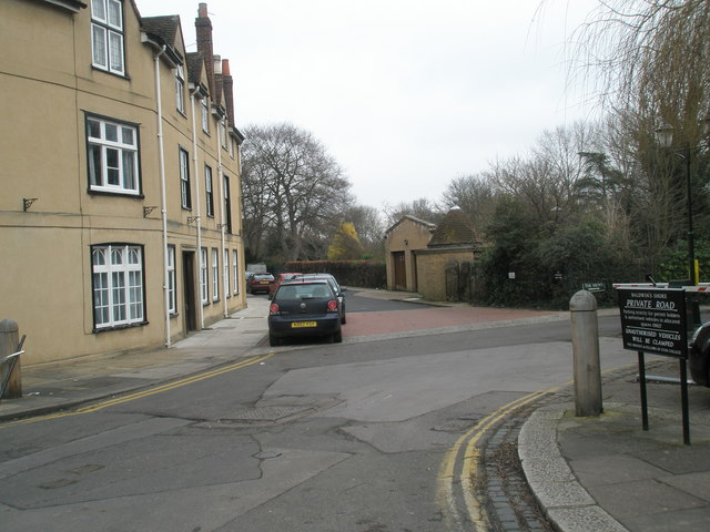 Junction of Eton High Street and Baldwin's Shore