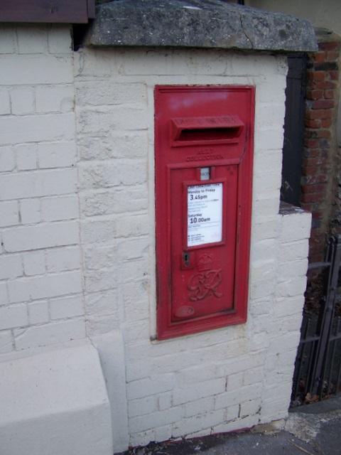 George VI postbox, Winterborne Whitechurch