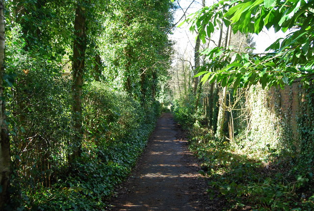 Footpath through Camden Park