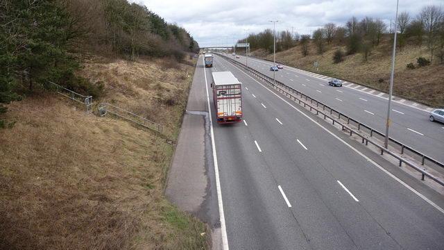 M5 motorway skirts Birmingham