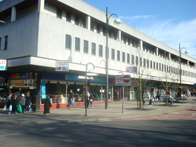 Haslett Avenue West, Crawley