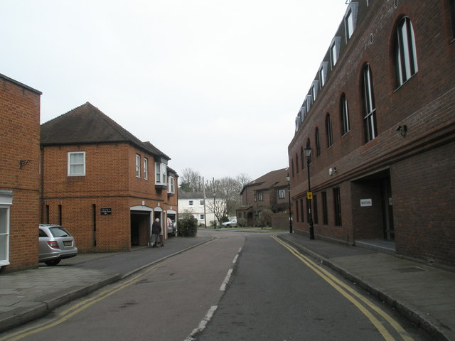 Mid section of Tangier Lane