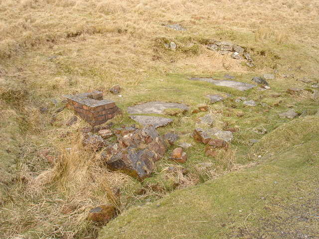Trackside ruins on the former Princetown Railway