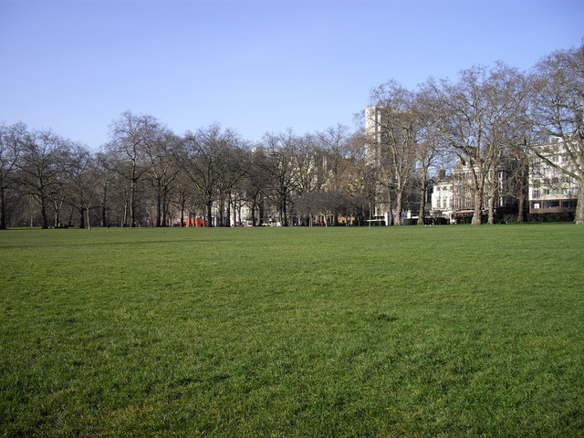 Green Park view toward Piccadilly