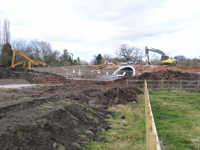 Building work for Droitwich Junction Canal